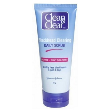 clean and clear 8 Best Men's Oily Skin Face Scrub in India with Price