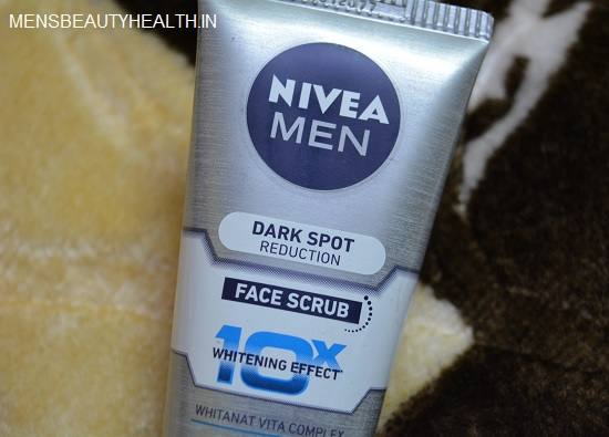 Nivea Men Dark Spot Reduction face scrub review2