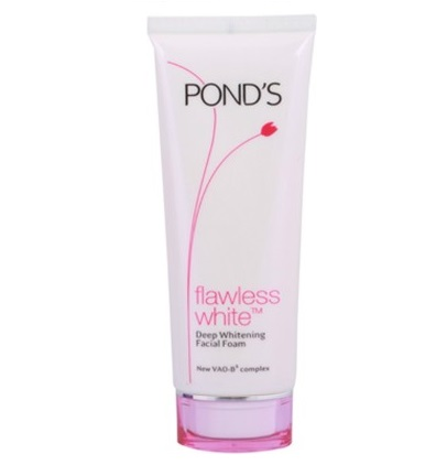 Pond's Flawless White Deep Whitening Facial Face Wash