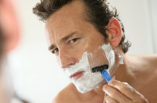 tips to get smooth shave for men 2
