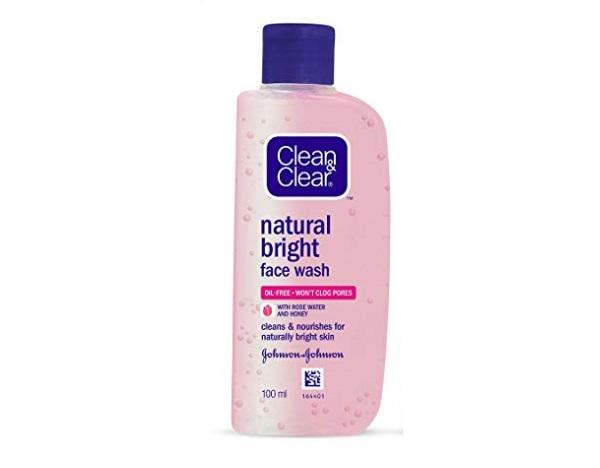 Clean & Clear Natural Bright Facewash